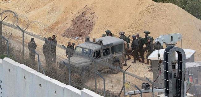 الاحتلال الإسرائيلي يستكمل أعمالا إنشائية على حدود لبنان.. واستنفار للجيش