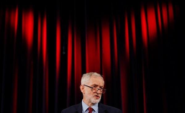 زعيم المعارضة العمالية يطالب ماي بالتخلي عن «خطوطها الحمر» في «بريكست»