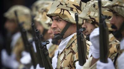 إيران تهدد باستهداف القواعد الأمريكية في سوريا والمنطقة!