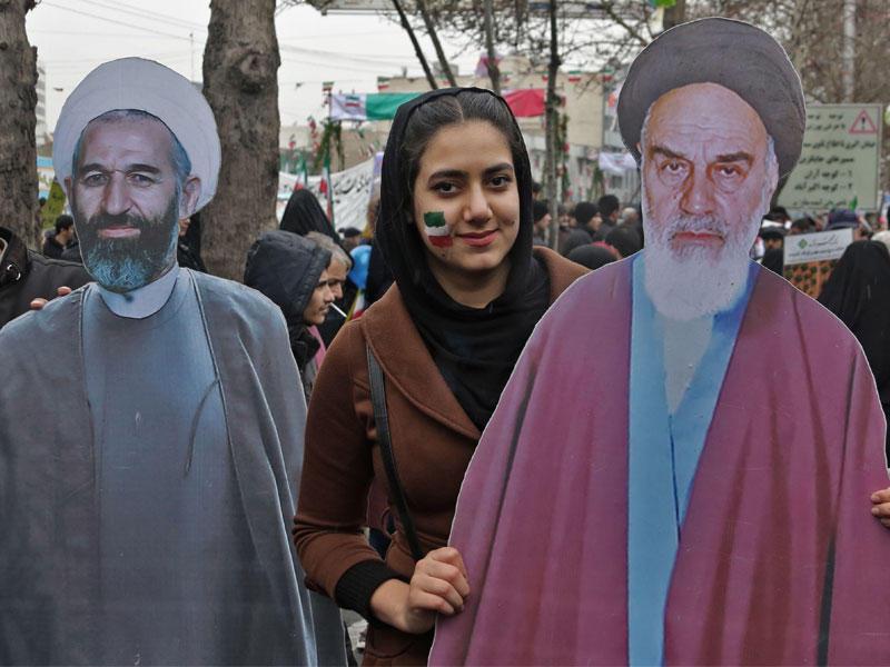 إيران تحيي الذكرى الـ 40 للثورة بخطاب حربي