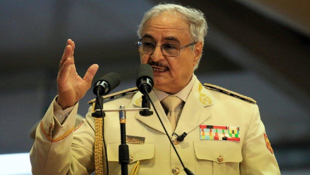 """قوات حفتر تعلن سيطرتها """"الكاملة"""" على حقل الشرارة النفطي"""