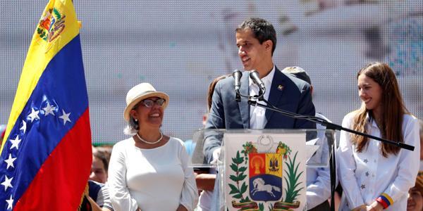 غوايدو: المساعدة الإنسانية الأميركية ستدخل فنزويلا 23 الجاري