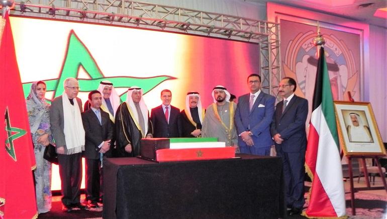 رئيس الحكومة المغربية يؤكد عمق العلاقات الأخوية مع الكويت