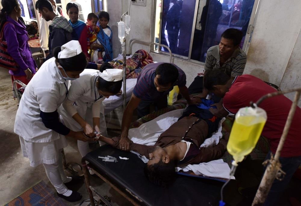وفاة 84 هنديا وإصابة 200 بعد شرب خمور مغشوشة
