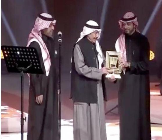 مهرجان «شتاء طنطورة» يكرم الفنان الكويتي عبدالكريم عبدالقادر