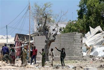 «حركة الشباب» الصومالية تستهدف وزارة العمل بسيارة مفخخة