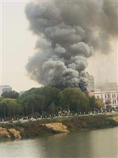 السودان.. معلومات أولية عن حريق كبير داخل القصر الجمهوري