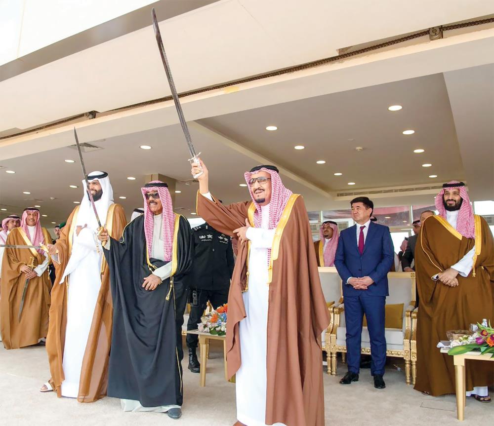 ولي العهد: علاقات أخوّة راسخة تربط أسر ودول وشعوب الخليج