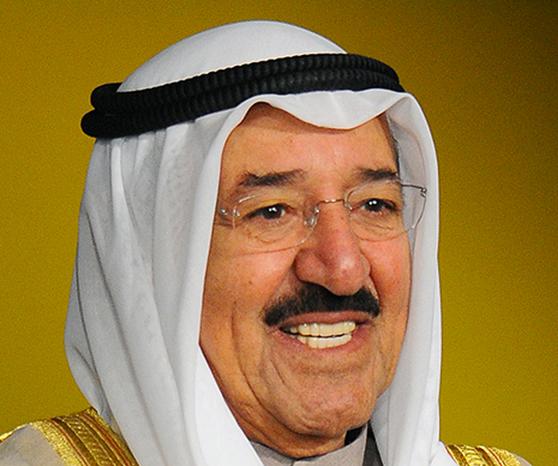 سمو أمير البلاد يتلقى رسالة تهنئة من سمو الشيخ ناصر المحمد