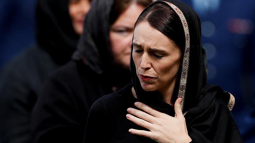 """""""مذبحة نيوزيلندا"""" ترفع من شعبية رئيسة الوزراء أمام الحزب المعارض"""