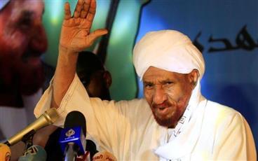 المهدي: السودان قد يواجه انقلابًا مضادًا إذا لم يُبرم اتفاقا بشأن تسليم السلطة
