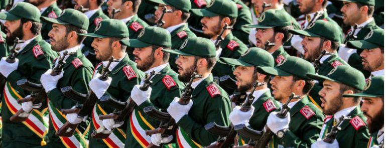 قائد في الحرس الثوري: إيران على شفا مواجهة شاملة