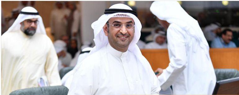الحجرف: الكويت أكبر من الجميع