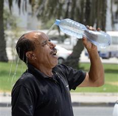 موجة حر شديدة وغير مسبوقة تشهدها الكويت حالياً