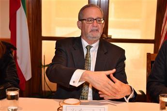 السفير الأمريكي لدى البلاد: اقرار قانون «حقوق المؤلف» بالكويت سيعزز التنويع الاقتصادي