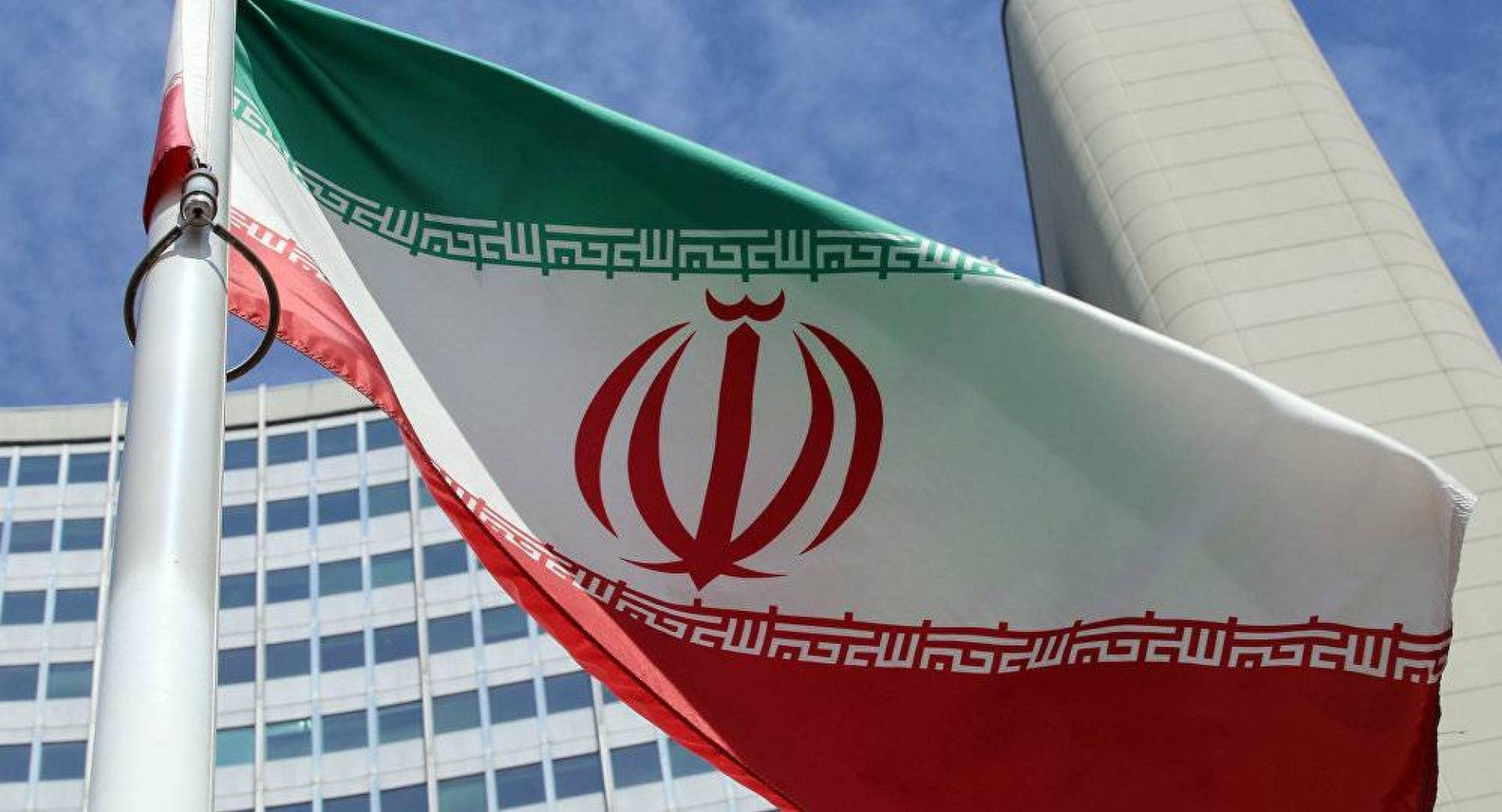 الخارجية الإيرانية: طهران ترحب بجهود فرنسا لإنقاذ الاتفاق النووي