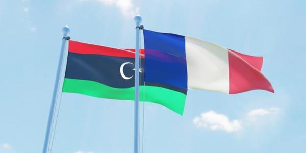 طرابلس تطالب باريس بتقديم توضيحات «عاجلة» بشأن وجود أسلحة فرنسية في ليبيا