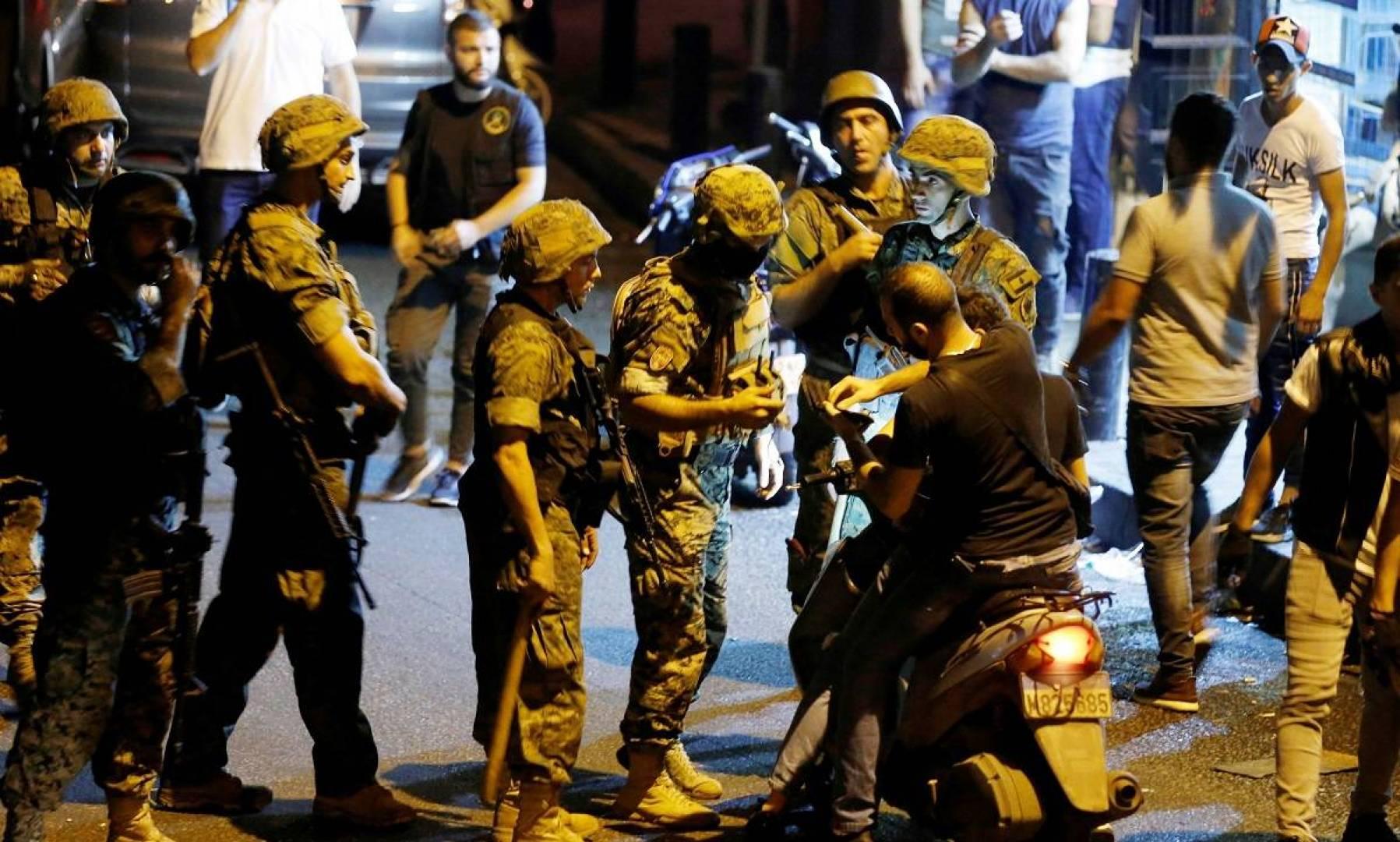 الجيش اللبناني دفع بقوات خاصة فور علمه بتظاهرة أنصار «حزب الله» و «حركة أمل»