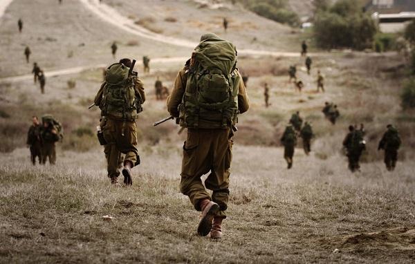 الاحتلال يعزز قواته في غور الأردن قبل الإعلان عن خطة ترامب