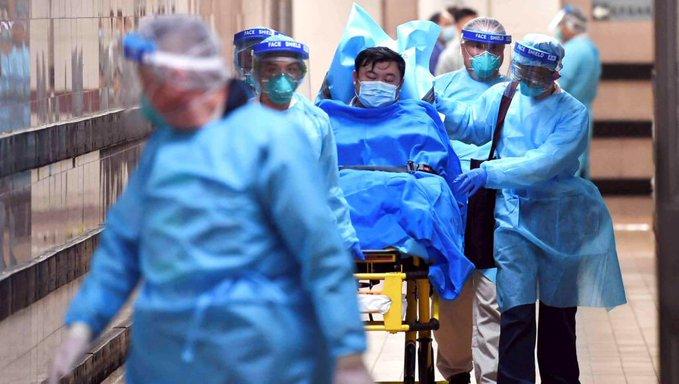 «الصحة» الصينية: وفاة 6 من عناصر الفرق الطبية.. وإصابة 1716 بكورونا