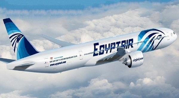 رحلة لـ«مصر للطيران» غدا تجلي 325 شخصا