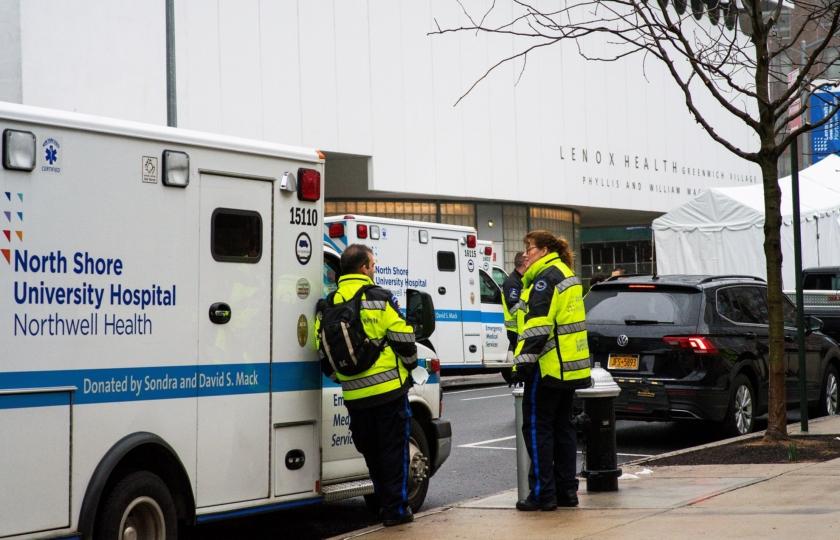 كبير خبراء الأمراض المعدية: الوفيات بأمريكا قد تصل إلى 200 ألف