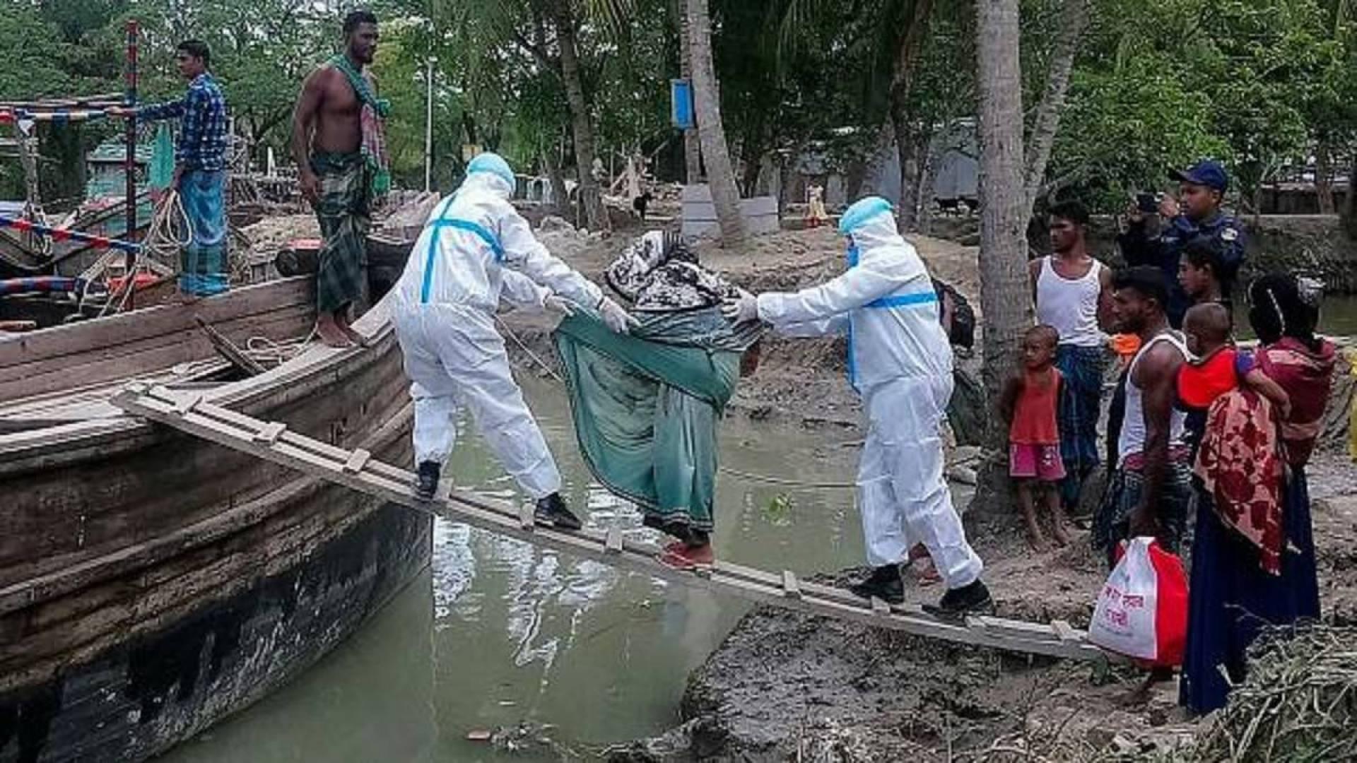 13 مليار دولار تقديرات خسائر الإعصار أمفان بالهند