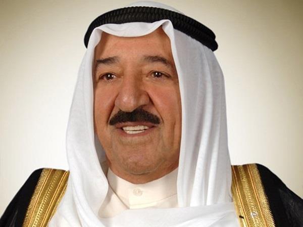 سمو الأمير يتلقى اتصالين من أمير تبوك والأمير مقرن بن عبدالعزيز للتهنئة بالعيد