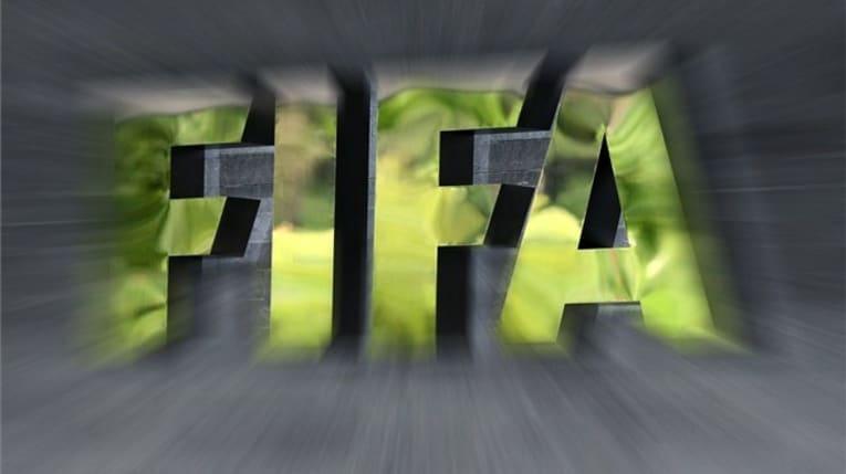 «فيفا» يطلق نظام تقييم المخاطر قبل استئناف البطولات