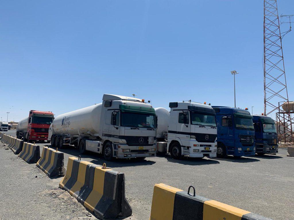 وصول 6 صهاريج محملة بالأوكسجين الطبي من الكويت إلى العراق