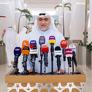 خالد الشطي: نائب الأمير طمأن بأن صحة صاحب السمو مستقرة وفي تحسن