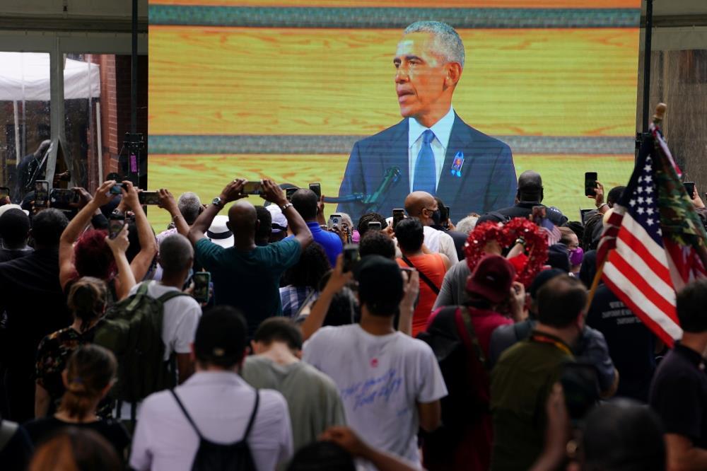 أوباما يوجّه «لائحة اتهامية» إلى ترامب