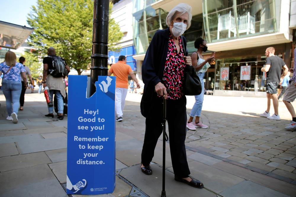 بريطانيا تجمّد رفع تدابير الإغلاق أسبوعين بعد ارتفاع إصابات «كورونا»