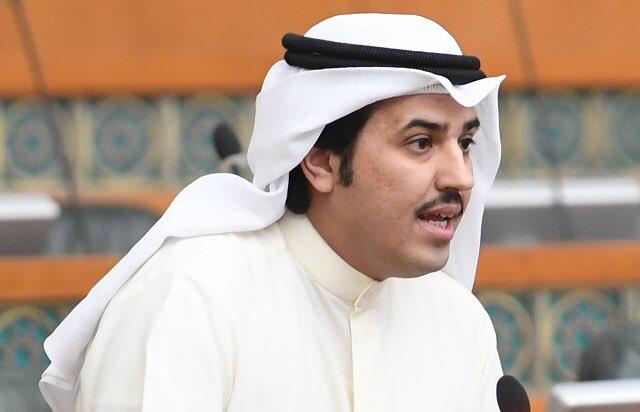 ناصر الدوسري يطالب بأن يشمل قرار منع الرحلات عدم السماح لمواطني هذه الدول من دخول البلاد على رحلات «الترانزيت»