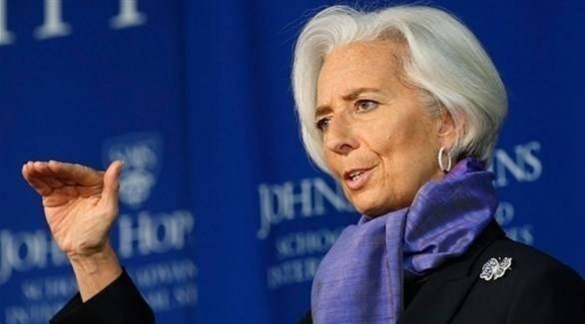 لاغارد تحث حكومات منطقة اليورو على الإنفاق بسخاء أثناء التعافي