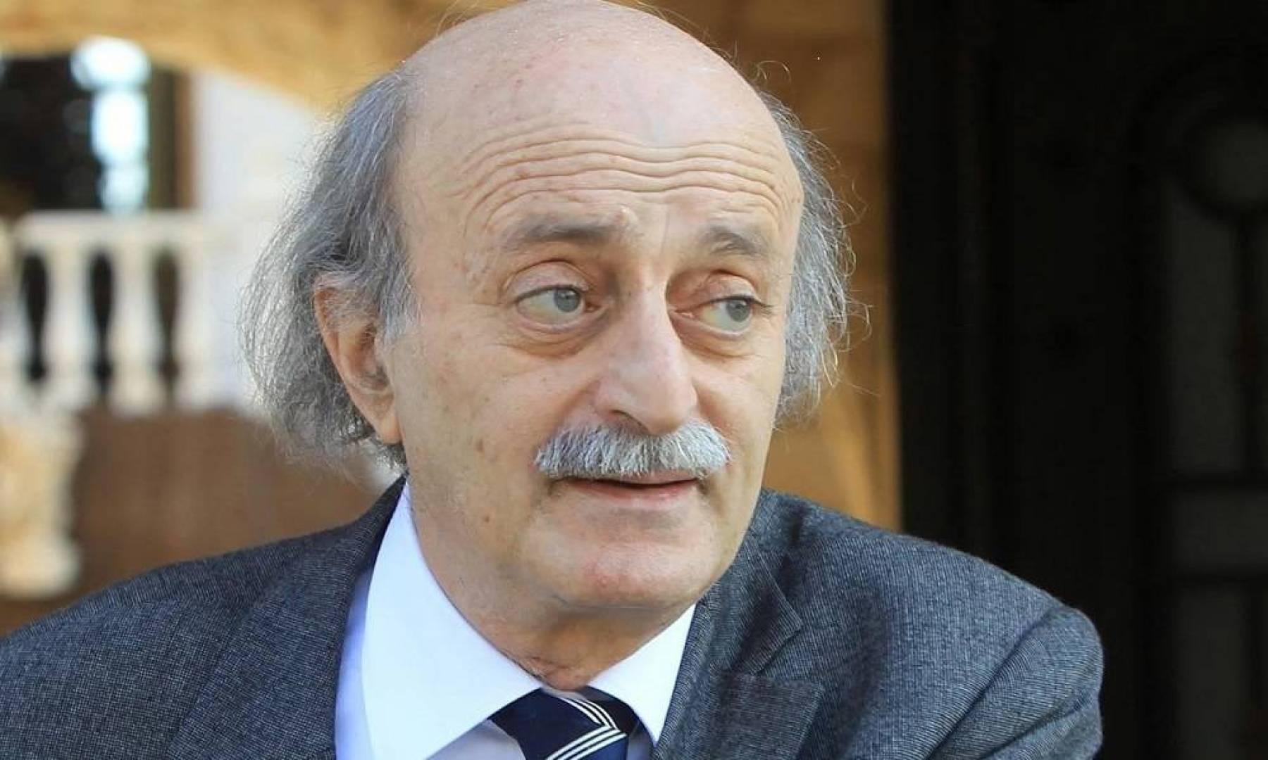 جنبلاط: المبادرة الفرنسية.. آخر فرصة لإنقاذ لبنان ومنع زواله