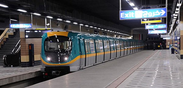 الحكومة المصرية تنفي إغلاق مترو الأنفاق يومي الجمعة والسبت