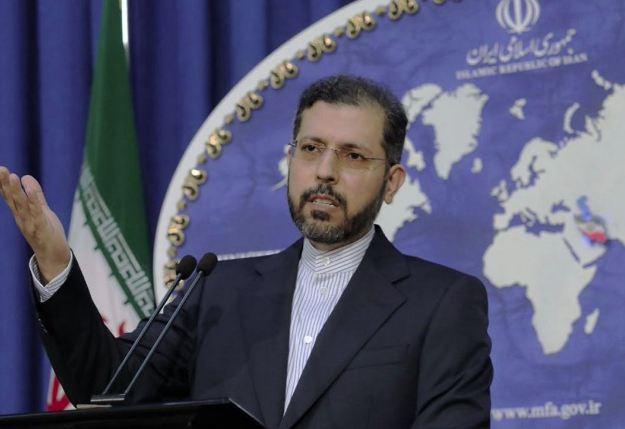 طهران تدعو باريس الى إبداء «نوايا طيبة» في الملف اللبناني