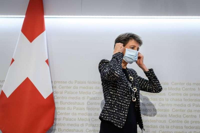 سويسرا تشدد إجراءاتها لمكافحة الموجة الثانية من «كورونا»