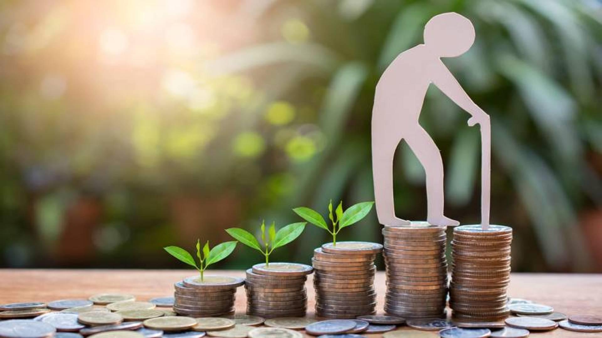 «التجارة» تنصف المتقاعدين بمزايا «المشروعات الصغيرة»