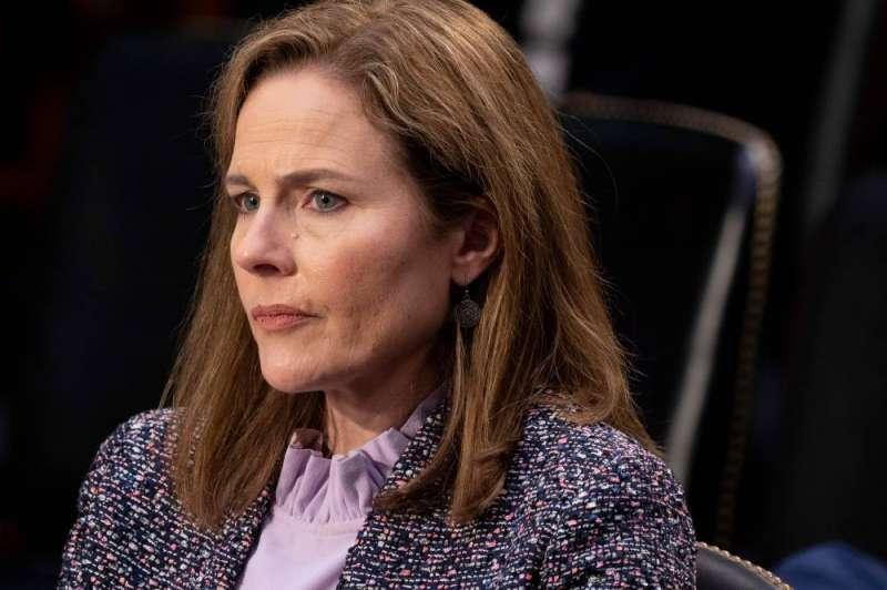 مجلس الشيوخ الأميركي يصوّت الاثنين على تثبيت القاضية باريت عضوا في المحكمة العليا