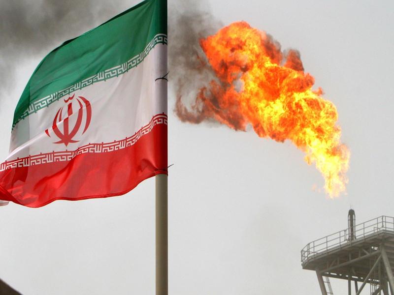 مصرع 4 عمال في مصفاة أصفهان الإيرانية وإصابة 14 آخرين