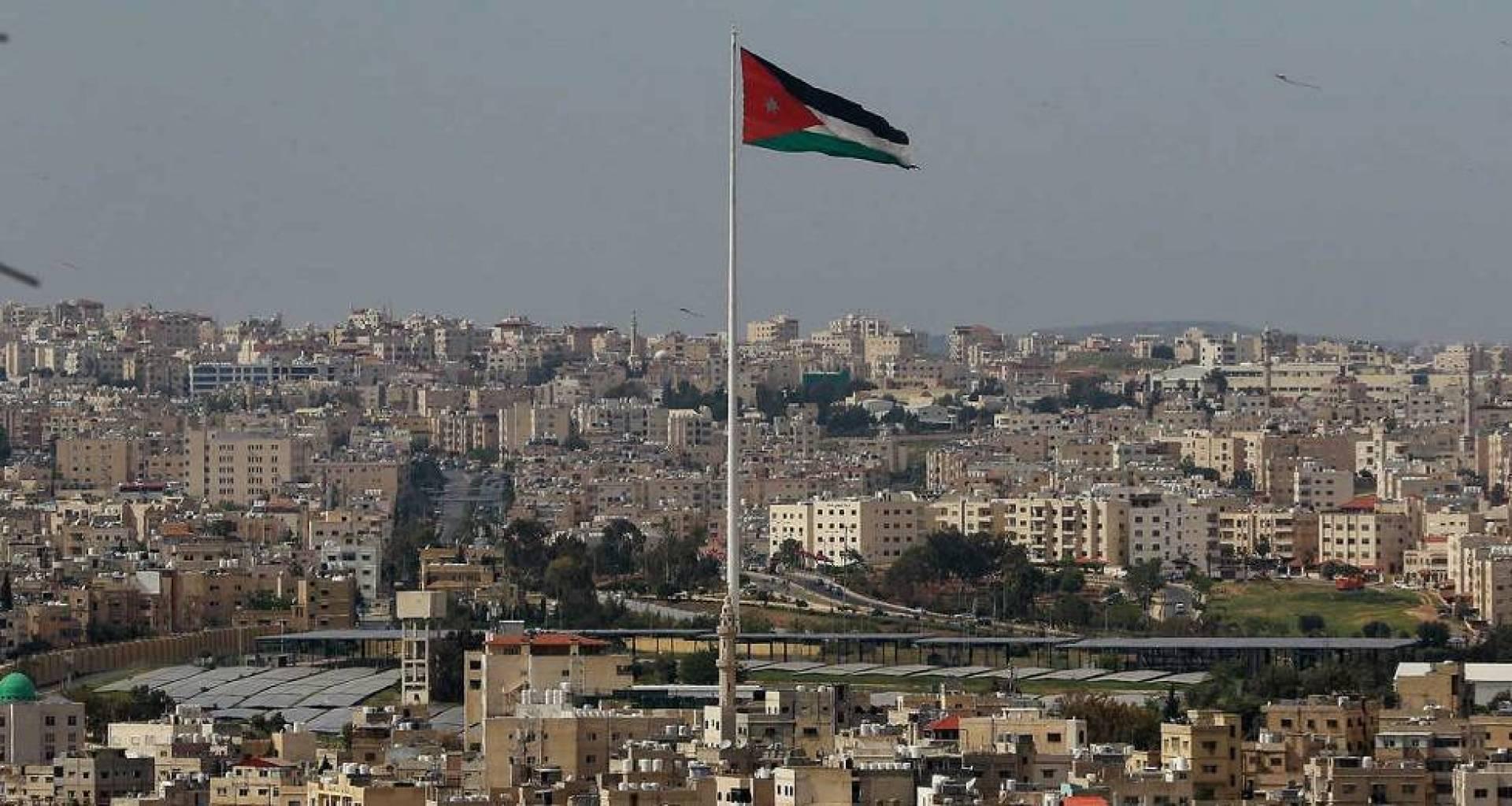 الأردن يعلن وقف الحظر الشامل وعودة التعليم في المدارس