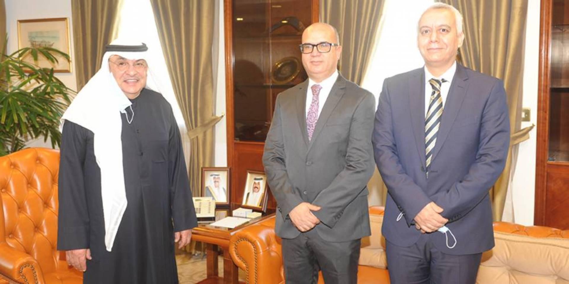 الصقر: لتنمية التعاون التجاري مع تونس