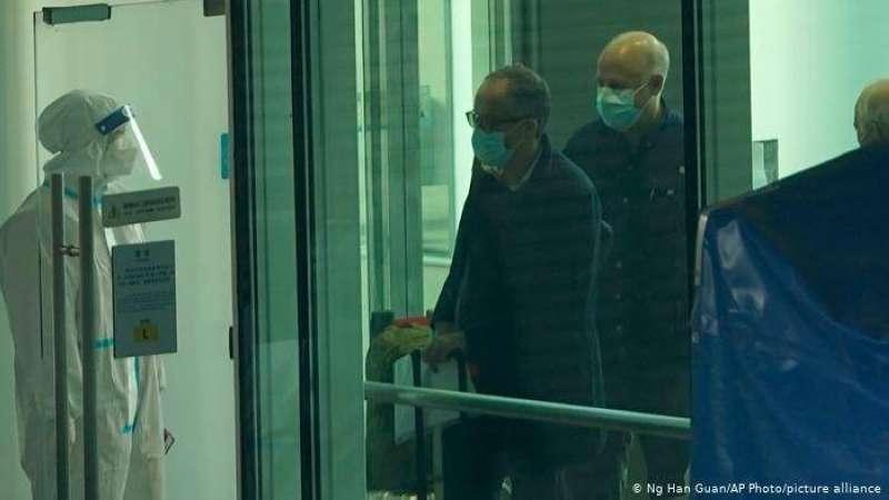 فريق «منظمة الصحة» يصل إلى ووهان الصينية للتحقيق في منشأ كورونا