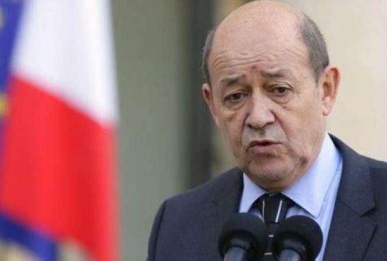 وزير الخارجية الفرنسي: إيران تعمل على بناء قدرات نووية