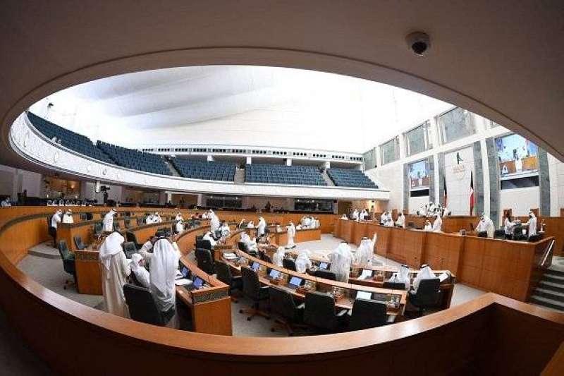 جدولاً بجلسات مجلس الأمة التي رُفعت لعدم حضور الحكومة منذ 1968