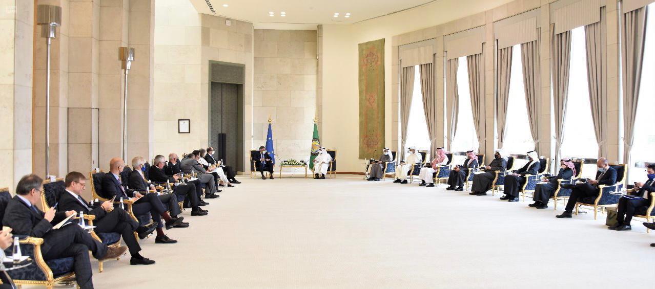 أمين مجلس التعاون يلتقي سفراء الاتحاد الأوروبي