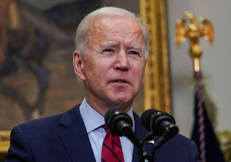 بايدن يدعو «الشيوخ» إلى تبني خطته لانعاش الاقتصاد سريعا