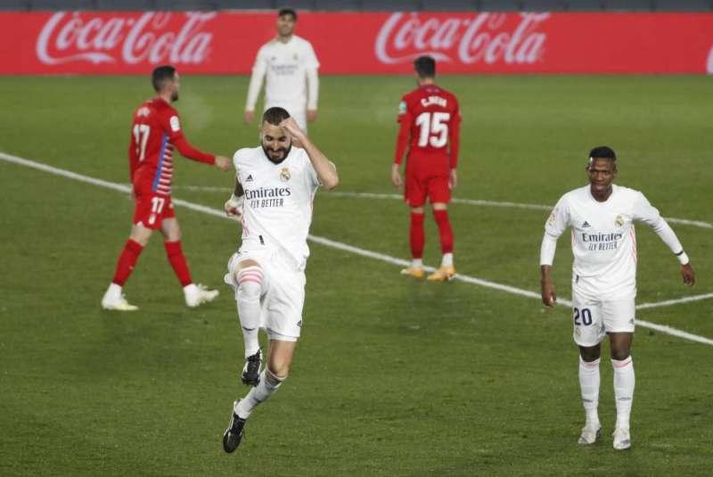 ريال مدريد يحقق فوزه الخامس على التوالي ويواصل مطاردة أتلتيكو